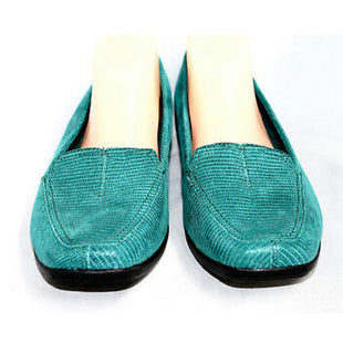 Primary Photo - BRAND: CLARKS STYLE: SHOES FLATS COLOR: TEAL SIZE: 8 SKU: 299-29950-6899LIKE NEW‼️HAYDN GLOSS TEAL SNAKE EMBOSSED LOAFER