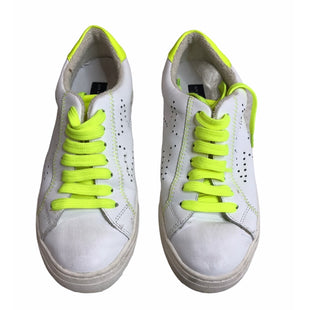 Primary Photo - BRAND: STEVE MADDEN STYLE: SHOES ATHLETIC COLOR: WHITE SIZE: 6 SKU: 299-29929-58199