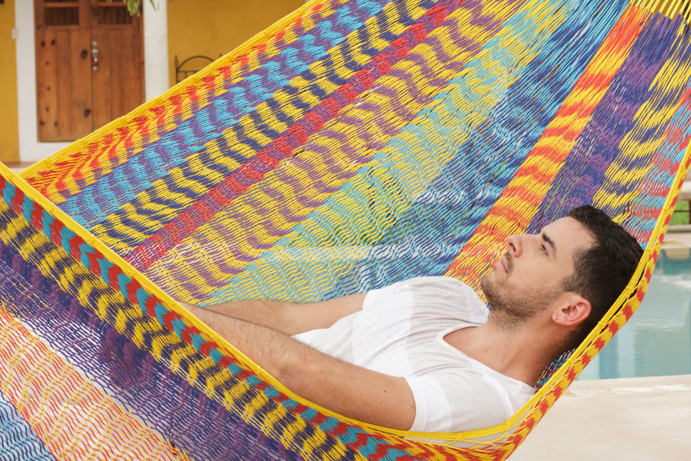 Queen Size Outdoor Cotton Hammock in Confeti