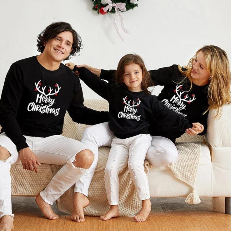 4 Reasons to Buy Matching Family Christmas Outfits Early This Holiday Season
