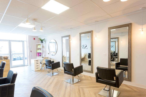 Comfortable Salon Environment