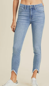High Rise Frayed Jeans