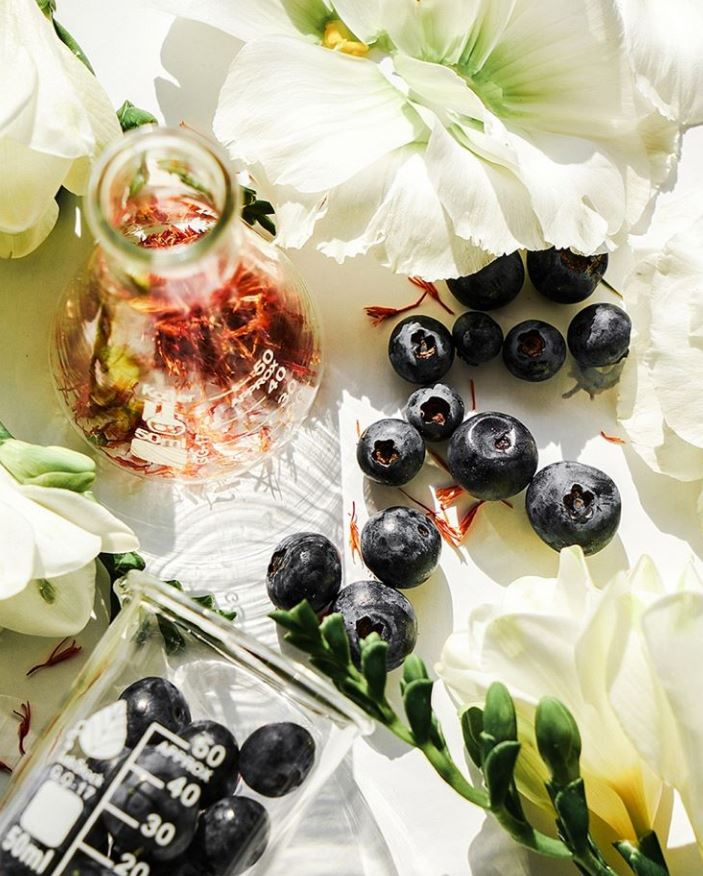 The Clean Beauty Dossier: Bilberry Seed Oil
