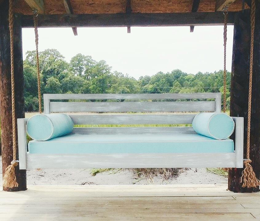 Custom Carolina Beautiful Beaufort Hanging Bed