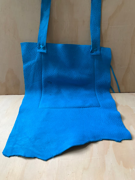 Turquoise bag - square