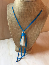 Load image into Gallery viewer, Horse Hair Necklace Turquoise small