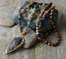Load image into Gallery viewer, The Onyx & Tiger Eye Arrowhead Pendant Necklace - Soul Sound Baths