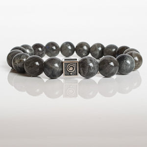 "Labradorite Bracelet for Women ""The Guardian"" - 10 mm"