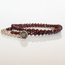 "Load image into Gallery viewer, Red Garnet Silver Necklace ""Vitality"" - Petit Secret"