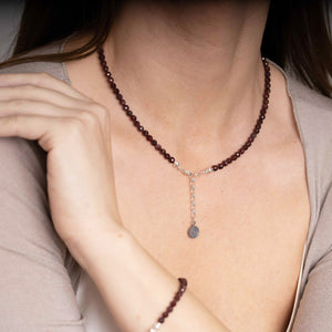 "Set of Red Garnet Silver Necklace and Bracelet ""Vitality"" - Petit Secret"