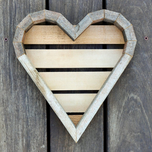 Reclaimed Redwood Heart Frame - Medium
