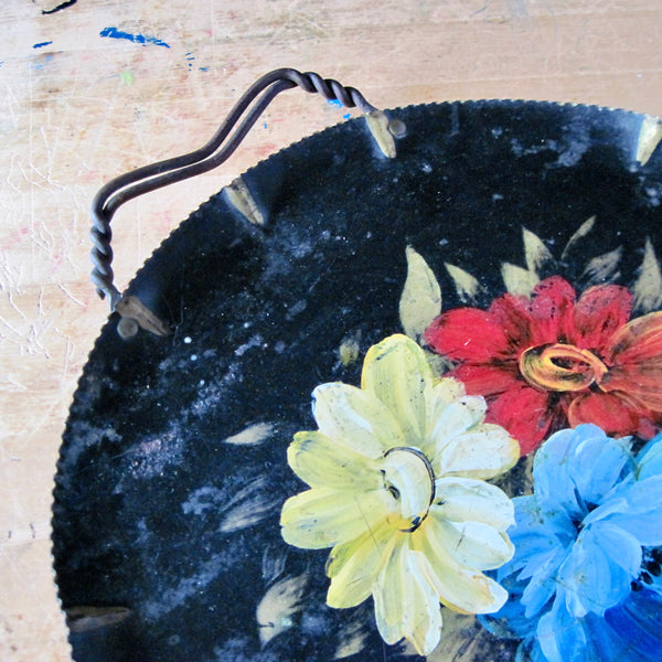 Round Metal Toleware Tray (c.1950s) - Rush Creek Vintage