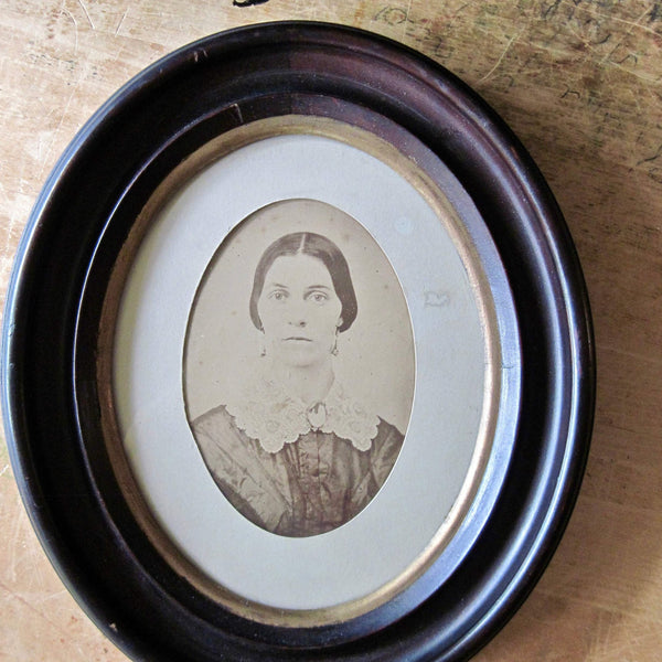 Old Photo of Woman in Mahogany Frame (c.1800s) - Rush Creek Vintage