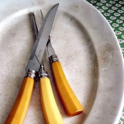 Vintage Sheffield Carving Set with Bakelite Handles (c.1950s) - Rush Creek Vintage