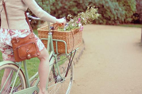 DIY flower bicycle basket