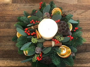 Round Christmas table arrangement