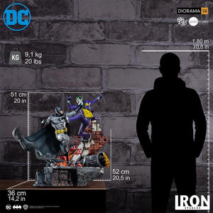 IRON Studios: Batman vs Joker Diorama Escala 1/6