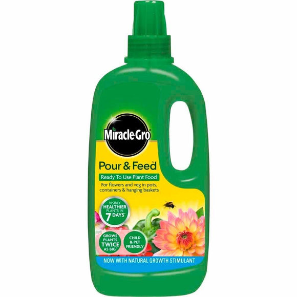 Miracle-Gro Pour and Feed Plant Food 1L