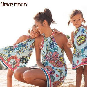 Mother Daughter Dresses Summer 2020 Mommy And Me Clothes Beach Lacing Ocean Print Family Look Mom Girl Family Matching Outfits