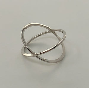 Ultra Fine Criss Cross Ring