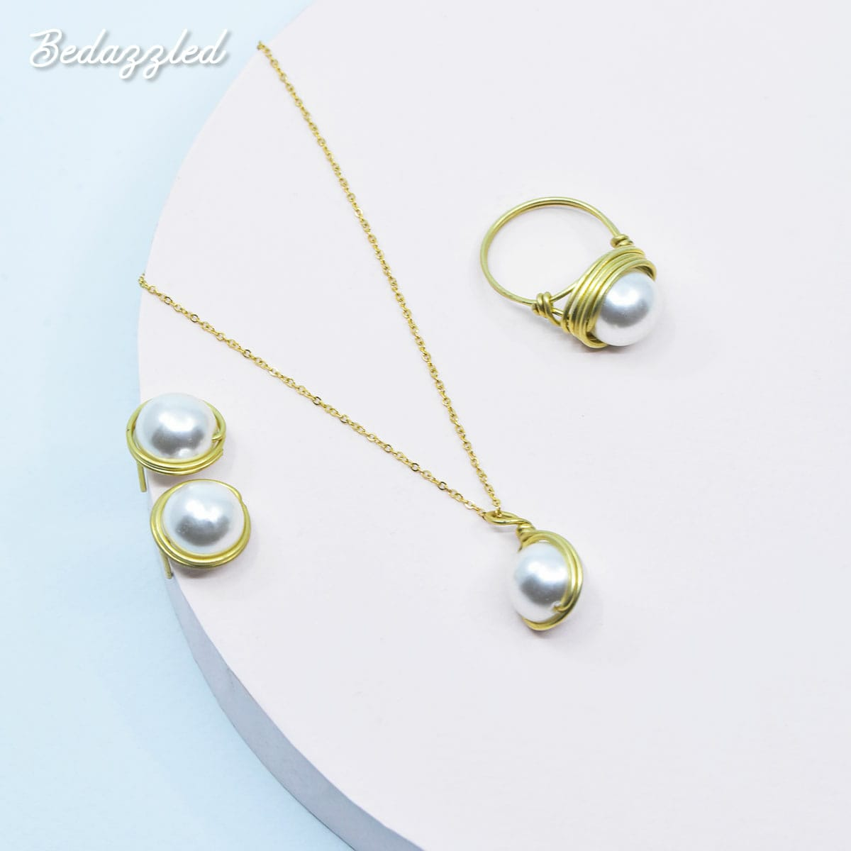 Bedazzling Pearl - Set of 3