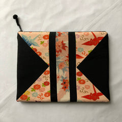 Accessories/pouch/iPad case