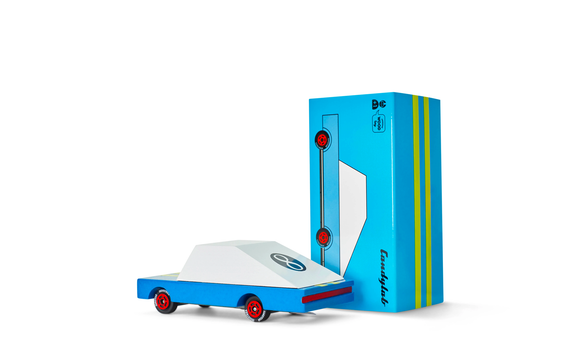candylab candycar blue racer diecast with blue packaging box behind