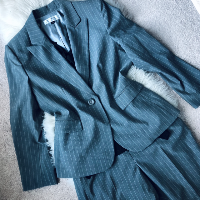 2 Piece Pants Suit