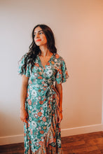 Load image into Gallery viewer, Seafoam Classic Adventure Dress