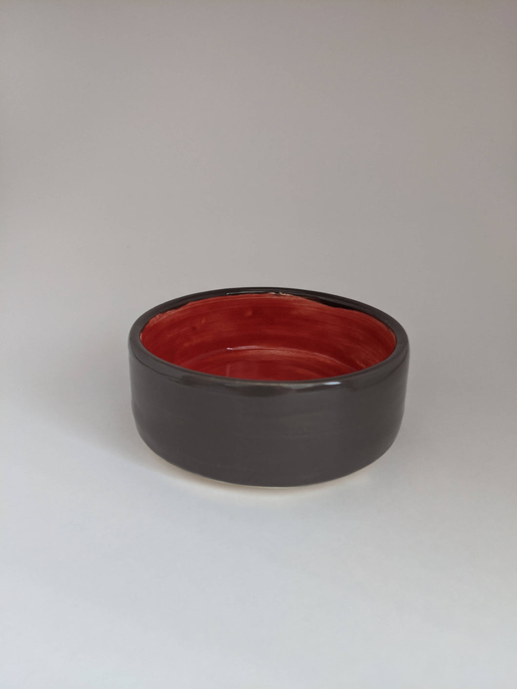 Grey and red shallow Ceramic Dish