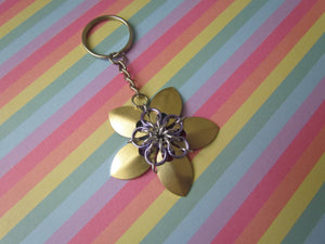 Scalemail Flower Keychain (Gold/Lavender)