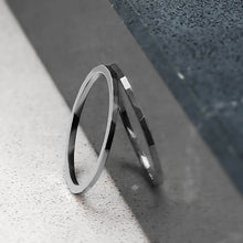 Load image into Gallery viewer, Facet Hammered Ring in Sterling Silver