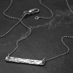 Hammer Finished Bar Necklace in White Gold