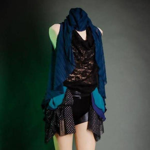 Rhapsody Ruffle Vest in Blue