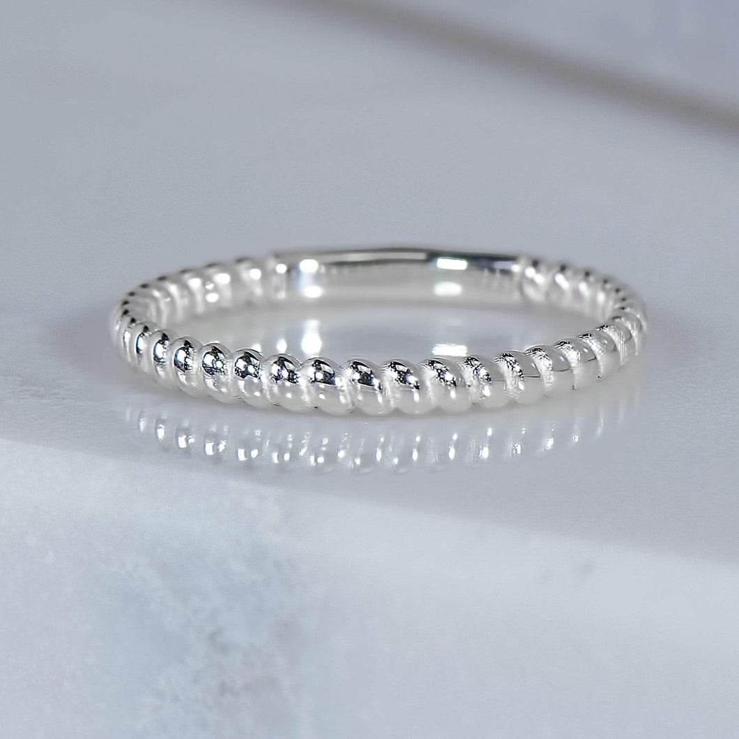 Spiral Ring in White Gold
