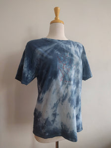 tie dyed upcycled 3D double printed one of a kind tee 'oneline bust' — xl