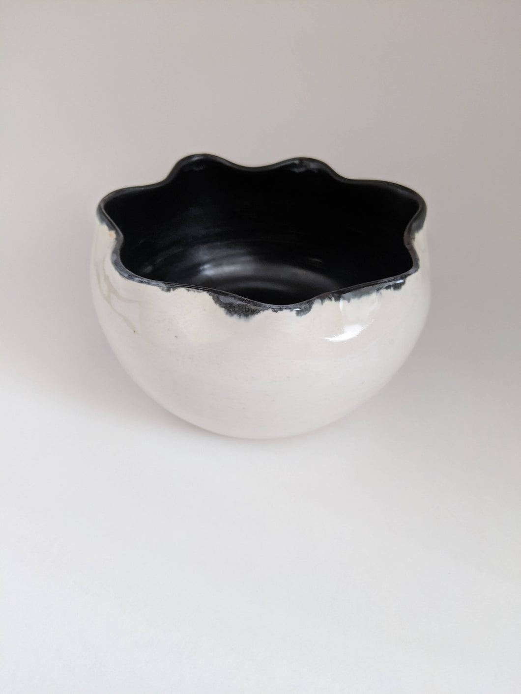 Flower top black and white Ceramic Bowl