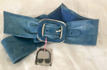 Load image into Gallery viewer, Stefano - Blue leather cincher
