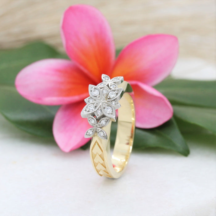 NC257482b -  3 Diamond Flower Ring