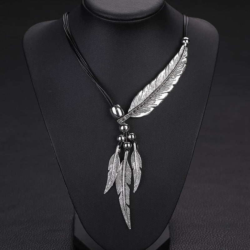 Vintage Alloy Feather Necklace