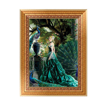 Load image into Gallery viewer, Peacock Beauty Round Drill Diamond Painting 40X30CM(Canvas)
