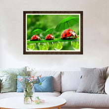 Load image into Gallery viewer, Green Leaf Ladybug Round Drill Diamond Painting 40X30CM(Canvas)