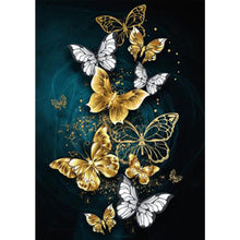 Load image into Gallery viewer, Butterfly Round Full Drill Diamond Painting 30X40CM(Canvas)