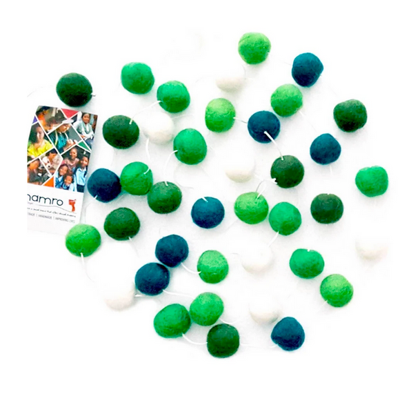 Green & White Felt Ball Garland, 46