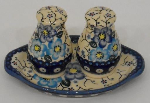 Salt & Pepper Shakers, Round, Blue Flowers & Vines