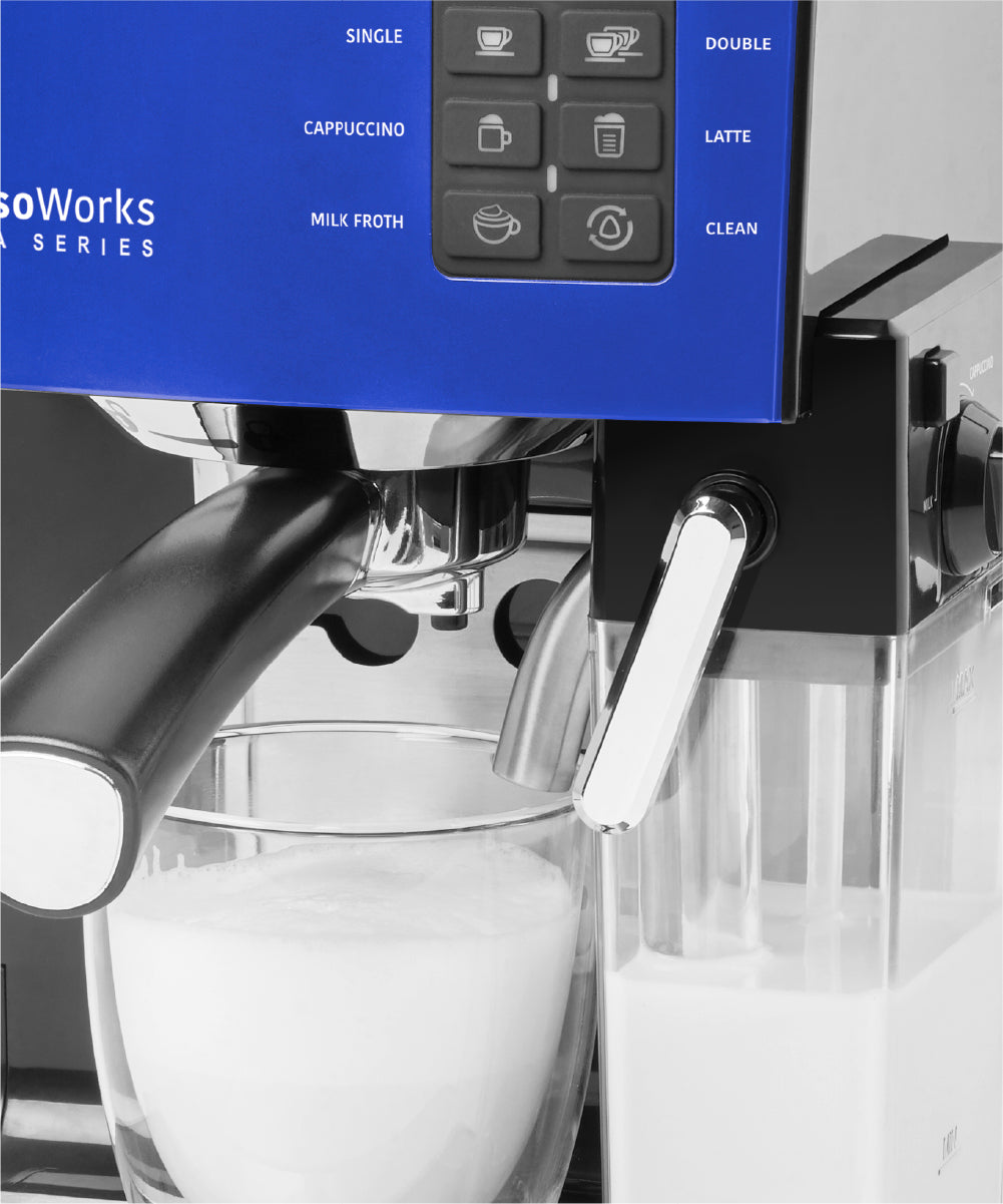 Make your favorite coffee with the EspressoWorks 19 bar Espresso & Cappuccino Maker set