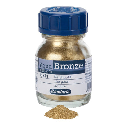 A powder that when mixed with water create a glossy, metal effect for watercolour or gouache paintings on paper, cardboard, painting board or canvas.