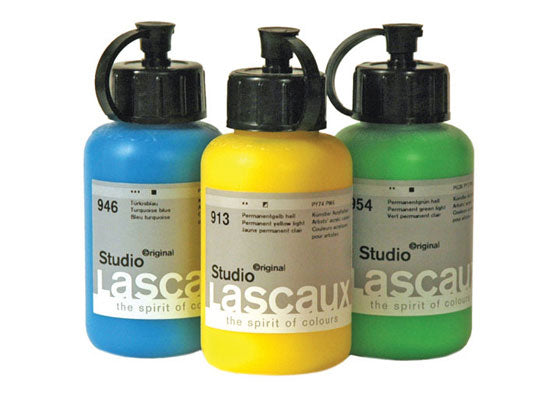 artist quality acrylics that are particularly brilliant, pure, strong and have great depth thanks to a high concentration of pure pigments