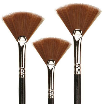Synthetic bristles of this brush create a softer more responsive stroke