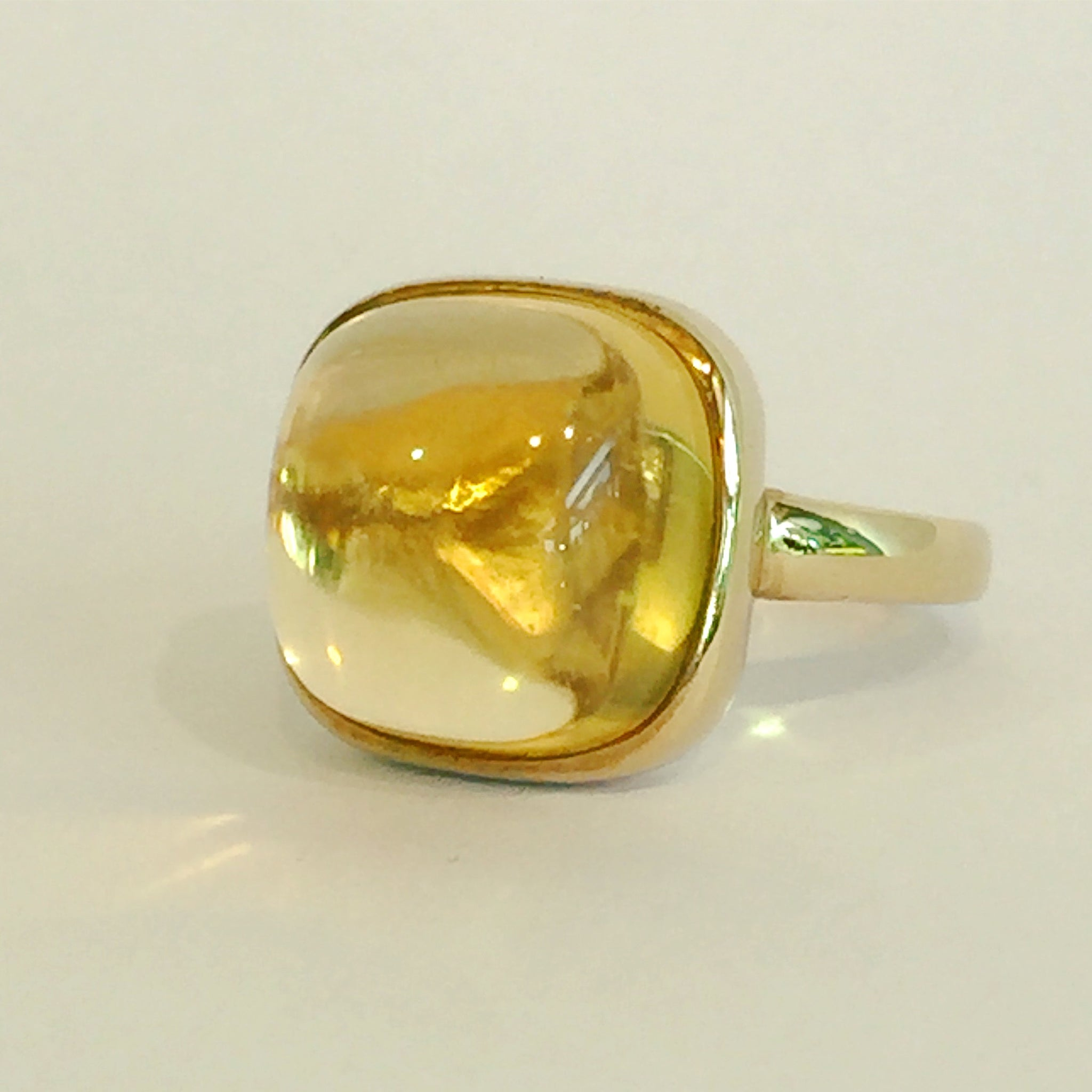 9ct Yellow Gold Citrine Cabochon Ring